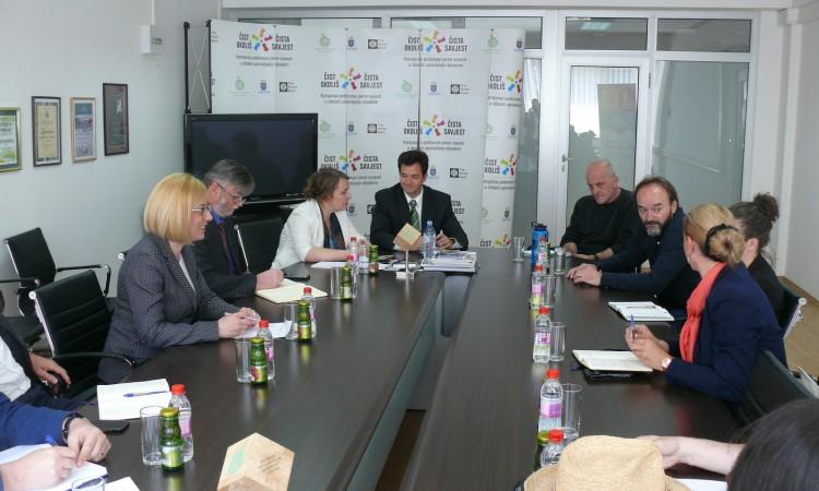 Ministrica Đapo sa predstavnicima nevladinih organizacija