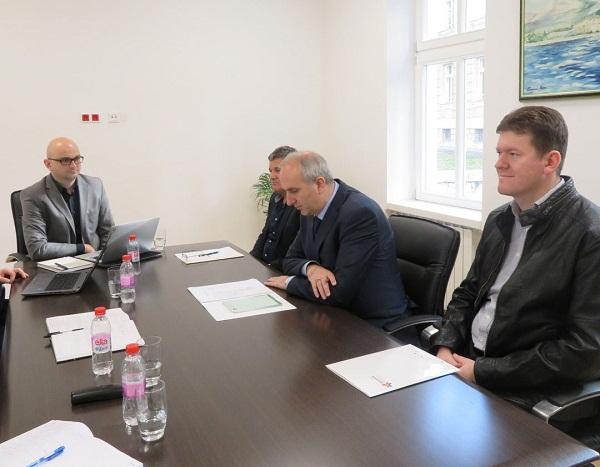 Općina Tešanj prva potpisala Ugovor s Federalnom  upravom za geodetske i imovinsko-pravne poslove