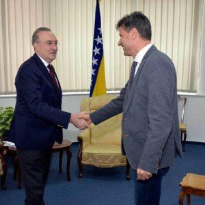 Premijer Novalić Primio Ambasadora Republike Turske Koča